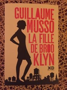 La Fille de Brooklyn Guillaume Musso - Graines de Pissenlit